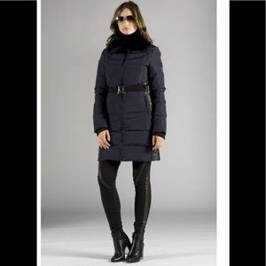 Orobos women's classic quilted down coat NWT